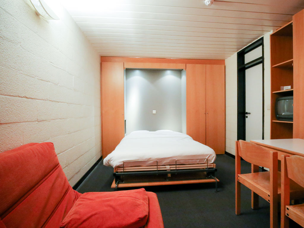 MEC Poker Open Accommodation family room